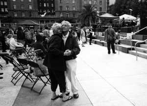 old_couple_dancing